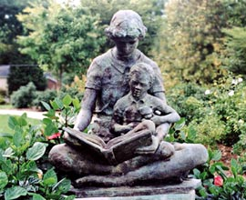 Statue-ChildReading
