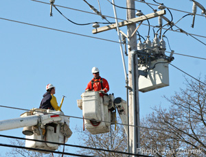 LineWorkers2
