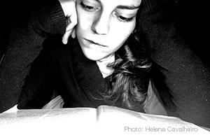 GirlReading-HelenaCavalheiro2