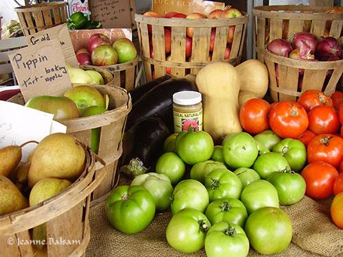 Farmstand-appleTomatoes2
