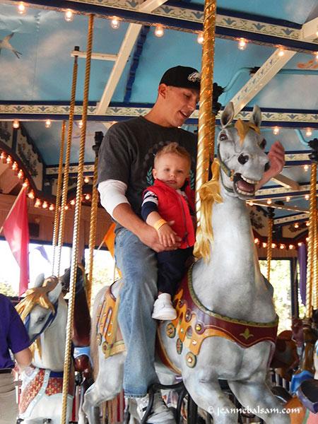 Carousel-DadKid2