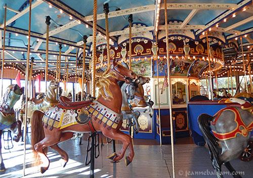 Carousel-PanView2