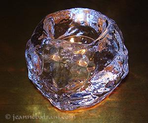 Light-CrystalIceBall2