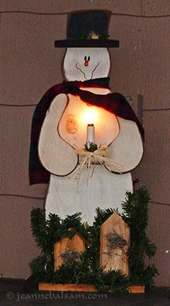 Light-Snowman2