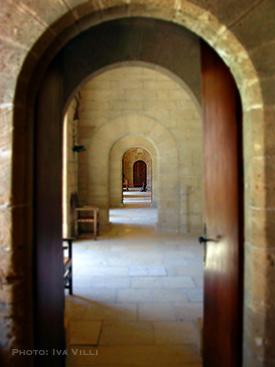 Doors-ClositerArches2